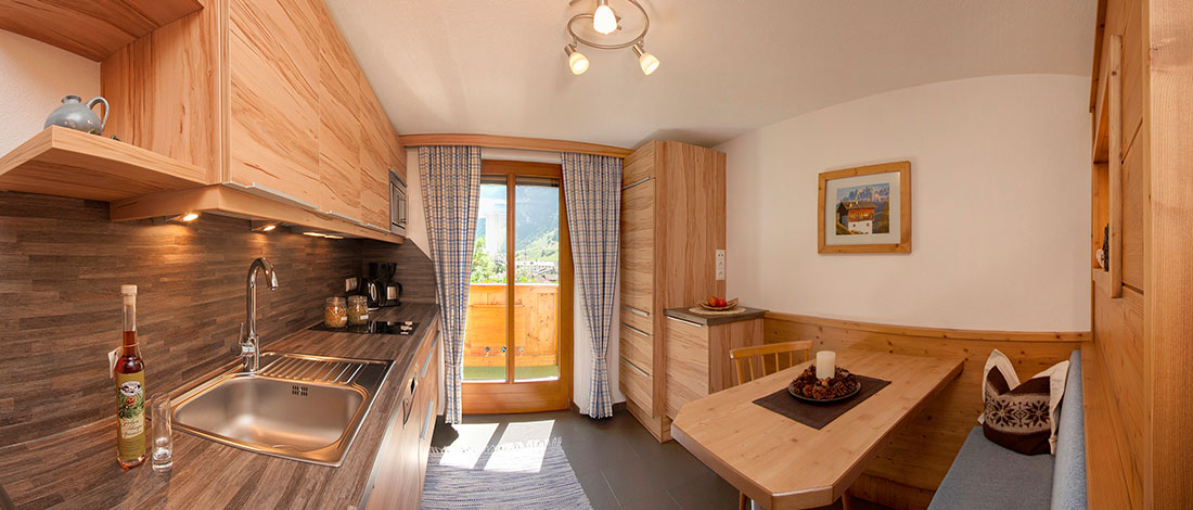 willkommen in der familienpension im kaunertal haus schweikert. Black Bedroom Furniture Sets. Home Design Ideas